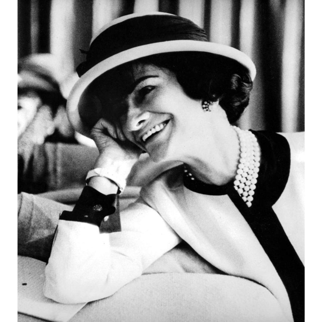 Coco Chanel et les perles, collier